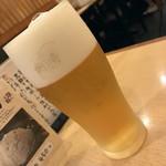 渋谷 更科 - 生ビール(エビス中)(480円+税)2017年8月