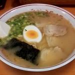 三久 - 料理写真:らーめん(550円)