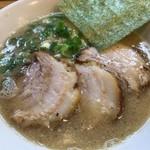 らーめん専門店小川 - 小川高幡不動店(半ちゃーしゅー麺)