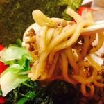 ラーメンダイニングJingu - らーめんより太麺です!