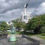 五島軒 - 元町配水場・新旧噴水とロープウェイゴンドラと2