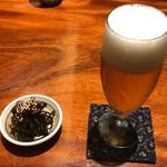 手打ち蕎麦切り 海望 - ハートランドビールと突き出し       突き出しは昆布の佃煮。