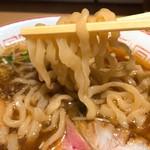 きたかた食堂 - 麺リフト