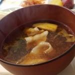 ブルームーン ダイナー - 本日の味噌汁(+100円)です。