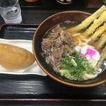 資さんうどん - 肉&ごぼう天と〜山菜ジャンボいなり