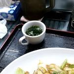 一楽亭 - ワカメとネギのスープ