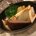 ミチノ・ル・トゥールビヨン - オリーブ豚オリーブ豚のポトフ仕立てのポトフ仕立て