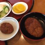 敦賀ヨーロッパ軒 - ミニパリ丼とパリ丼のミンチの大きさの差
