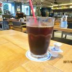 73236996 - ブラジル、コロンビア産の豆を使ったブレンドコーヒーは¥380。