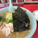 ラーメン山岡家 - 料理写真:醤油大(¥810)クーポンチャーシュー2枚+半ライス(¥120)
