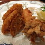 73239622 - 三笠会館伝統の味 骨付き鶏の唐揚げ