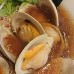 ラァメン コッコ - デカイ蛤が5個