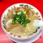 ラーメン魁力屋 - 料理写真:特製醤油ラーメン 702円