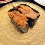 回転割烹 寿司御殿 - うに この濃厚な旨味が口いっぱいに広がれば、幸せ~♪ 2017/07/29