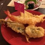 天ぷら酒場 天ぷら Y 心斎橋 - 天ぷら 海老、鱚、最近天ネタとしてよく使われる鰺、鱧