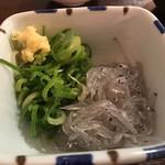 天ぷら酒場 天ぷら Y 心斎橋 - 生しらす