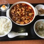 四川料理 江湖 - 麻婆豆腐セット 680円