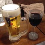 73253231 - 生ビールと赤ワイン(エル グリル)