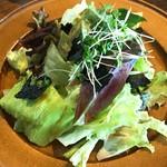 農カフェ hakari - レタスとのりのサラダ
