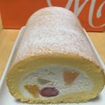 モンシェール - イチゴ、オレンジ、洋梨、黄桃がクリームに包まれていました('17/09/17)