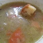 シェ・レノン - 春野菜のスープ
