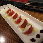 73260203 - トマトとモッツァレラのカプレーゼ
