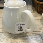 フル フル - 美味しい紅茶、ケーキにも合いそう!