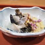 祇園 大渡 - 料理写真:鮑の炙りと雲丹