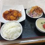 豚々亭 - エビチリの定食