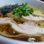 大木 - 鶏醤油(750円)