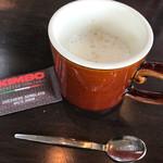 CAFE ARCA&CO. - カフェラテ(フリードリンクコーナーより)