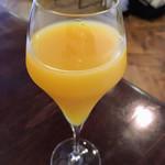 ベラ ポルト - ネット予約コースランチの乾杯ドリンク。オレンジジュース。