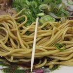 新福菜館 - 麺の太さ
