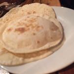 ミルミレ - ナン用の粉でチャパティ