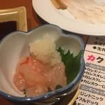 豊丸水産 - 甘エビ塩辛と鯛刺