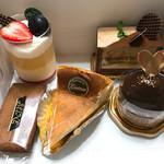 セーヌ洋菓子店 - 料理写真:今回買ったケーキ達