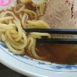 上野大勝軒 甲 - 麺アップ