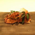 73284252 - フォアグラと焼茄子 クラテッロの生ハム