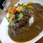 VILLA ROSSO TRE - ハンバーグカレーライスセット(サラダ、スープ、珈琲付き)1,280円