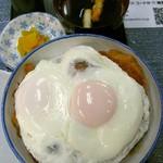 おかき屋 辰心 - 岡田かつ丼(両目)630円