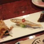 鮨秀仙 - 料理写真:お通し カスベもあるよ