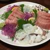 居酒屋めぐろ - 料理写真:お刺身の盛り合わせ 中トロヤバい美味しさ★