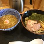 舎鈴 - つけ麺630円
