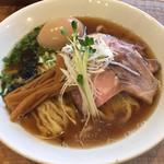 73291333 - 醤油味玉らぁ麺+ローストポーク