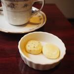 コーヒーショップラルゴ - サービスのクッキー♪