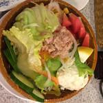 ステーキハウス88 - 野菜サラダ