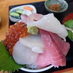 浜めし - 五色丼