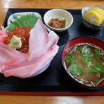浜めし - 大トロ入り三色丼