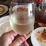 ラ・ベファーナ - グラスワインを追加オーダー(^ν^)