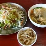 中華料理 八戒 - セット(サラダ、玉子スープ、ザーサイ)